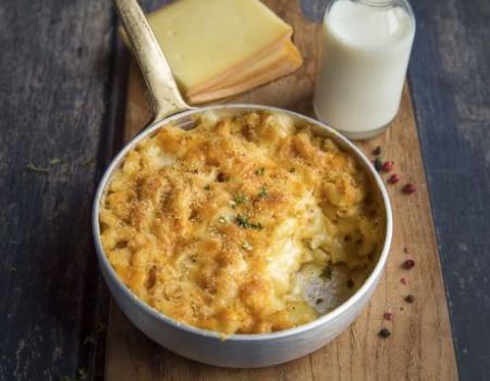 Macarrones gratinados con queso de raclette Entremont